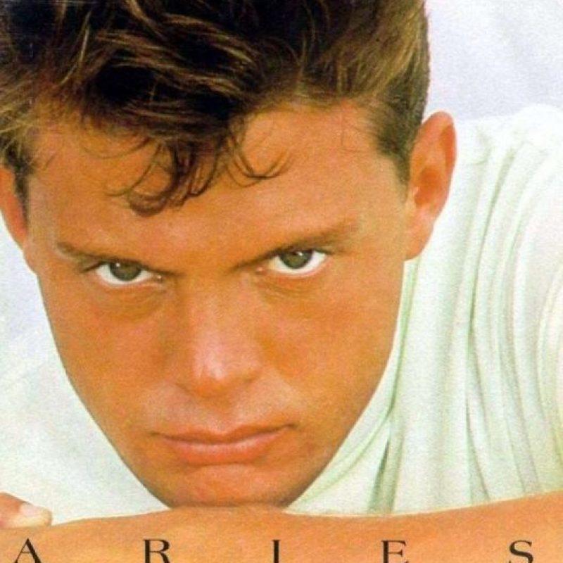 "En 1993 ya era productor de su disco ""Aries"". Foto:Coveralia"