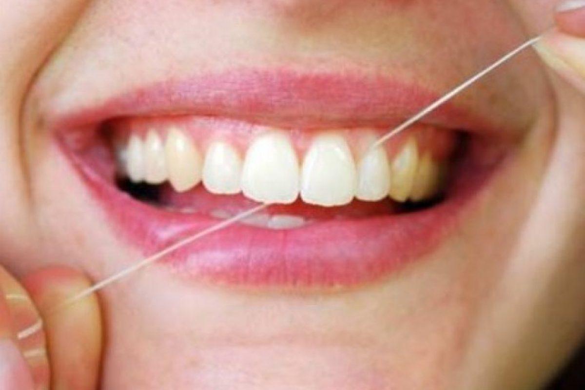 2. Crea el hábito de cepillar tus dientes tres o más veces al día Foto:Vitafit