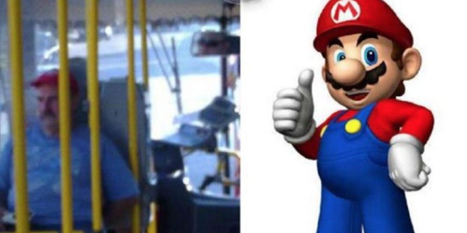 Súper Mario Foto:Parecidos De Bondis/Facebook