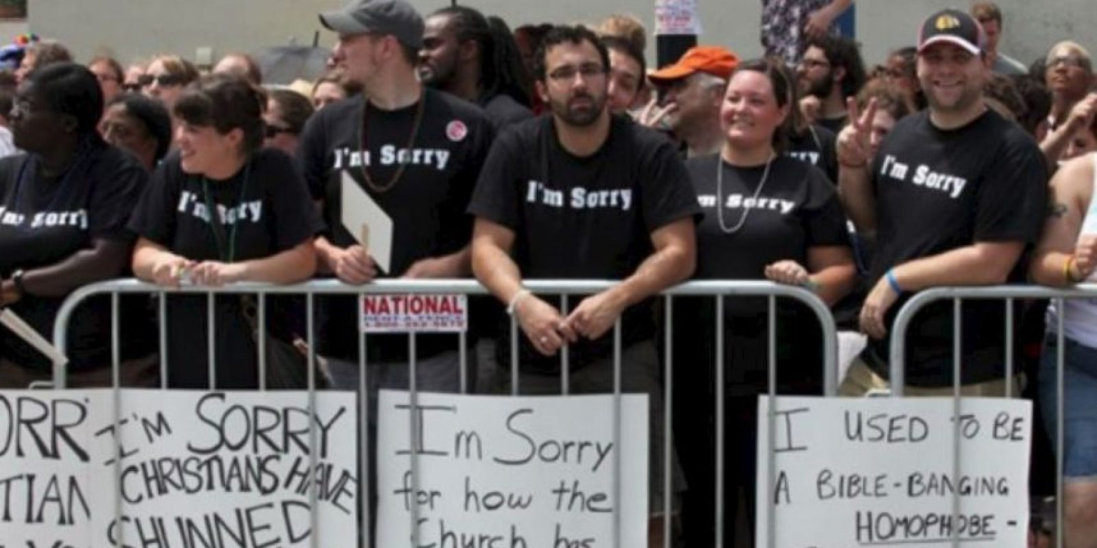 Estos cristianos le piden perdón a los gays por su homofobia Foto:Tumblr