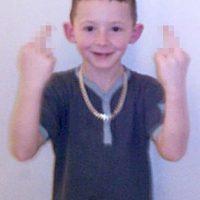 Justin Carley tiene 12 años y ha aterrorizado a su vecindario. Presumió en Facebook que lo llevarían a la corte y que ya le advirtieron con tacharlo de conducta antisocial Foto:Facebook