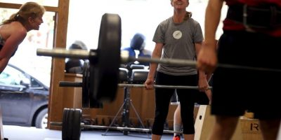 Especialista afirma que 2 minutos de ejercicio nos harán perder grasa corporal
