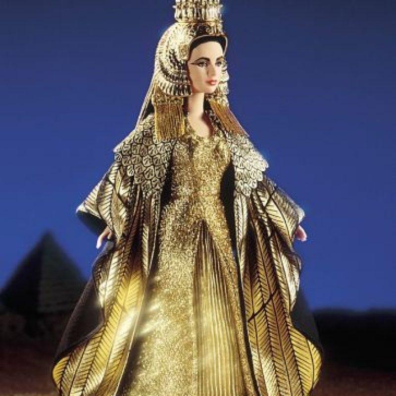 Barbie Cleopatra (Liz Taylor) Foto:Mattel