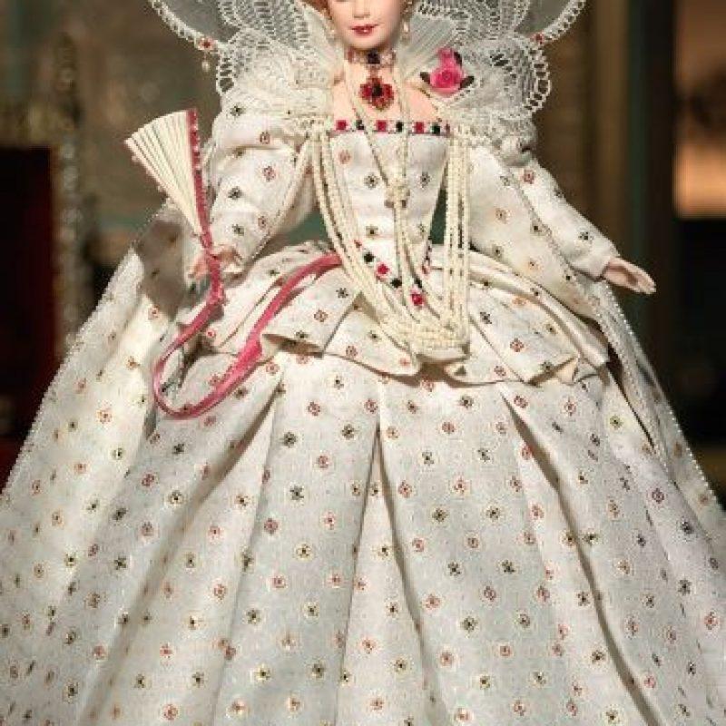 Barbie reina Elizabeth I de Inglaterra Foto:Mattel