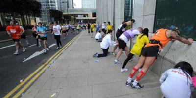 La práctica de salir a correr permite disminuir el porcentaje de grasa en todo el cuerpo y, por ende, la acumulación de celulitis en la zona de las caderas en el caso de las mujeres. Foto:Getty Images