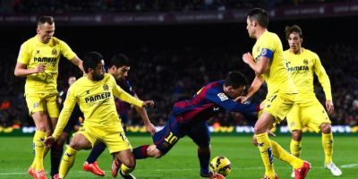 Los futbolista del Villarreal lo marcaban para que no pudiera desplegar su juego. Foto:Getty Images