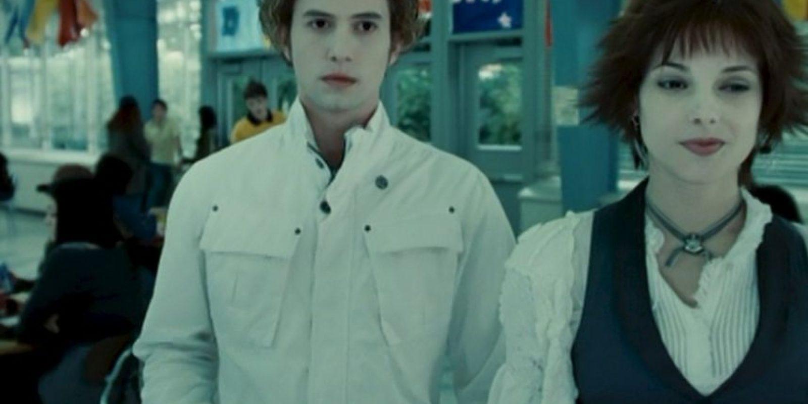 Thea Green relata el primer encuentro entre Alice y Jasper.