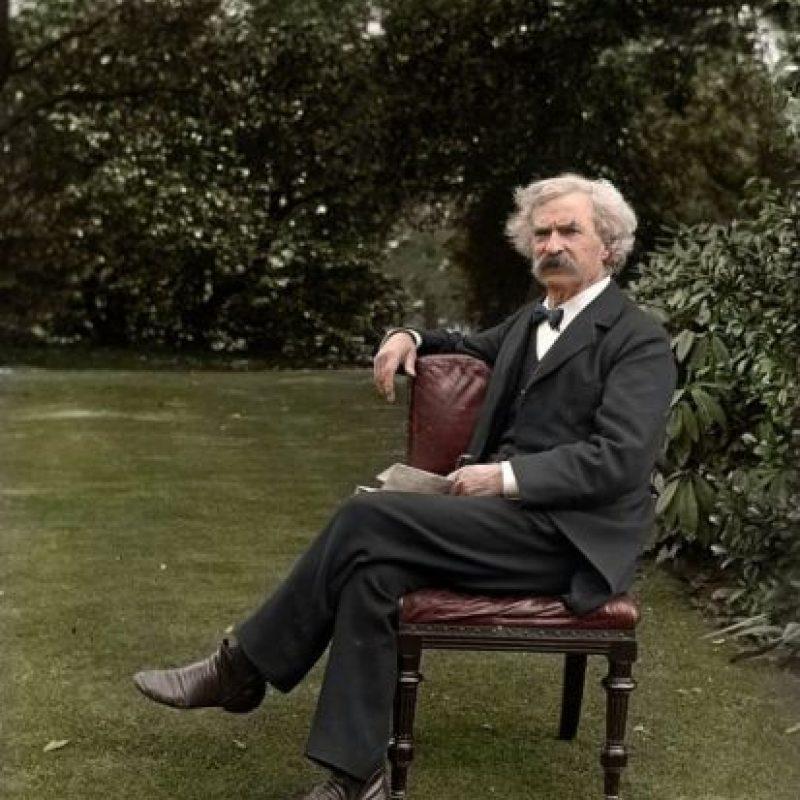 Mark Twain, 1900.