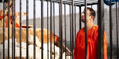 Este fue quemado vivo por miembros del Estado Islámico. Foto:AP