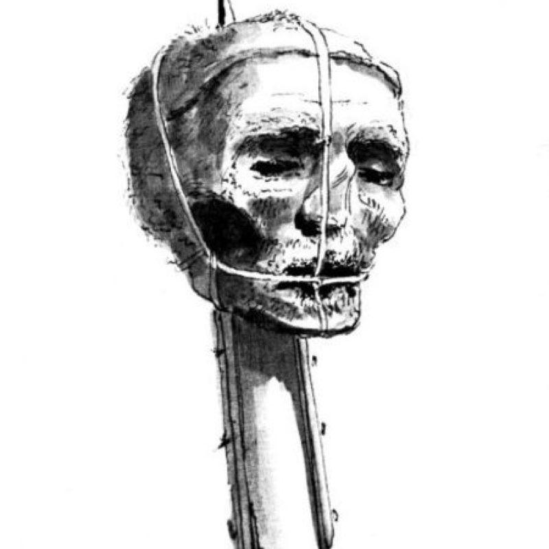 La leyenda cuenta de jóvenes y adultos que se decapitan con sierras eléctricas de manera tonta. Y uno de ellos fue David Phyall, un británico que vivía en un edificio en demolición. Se negó a mudarse y quería cobrar un seguro autoinfligiéndose una herida con una sierra. Se decapitó a sí mismo. Foto:Wikimedia