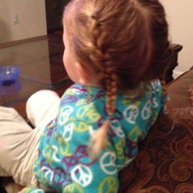 Así peinó este padre a su hijita. Foto:Facebook/Greg Wickherst