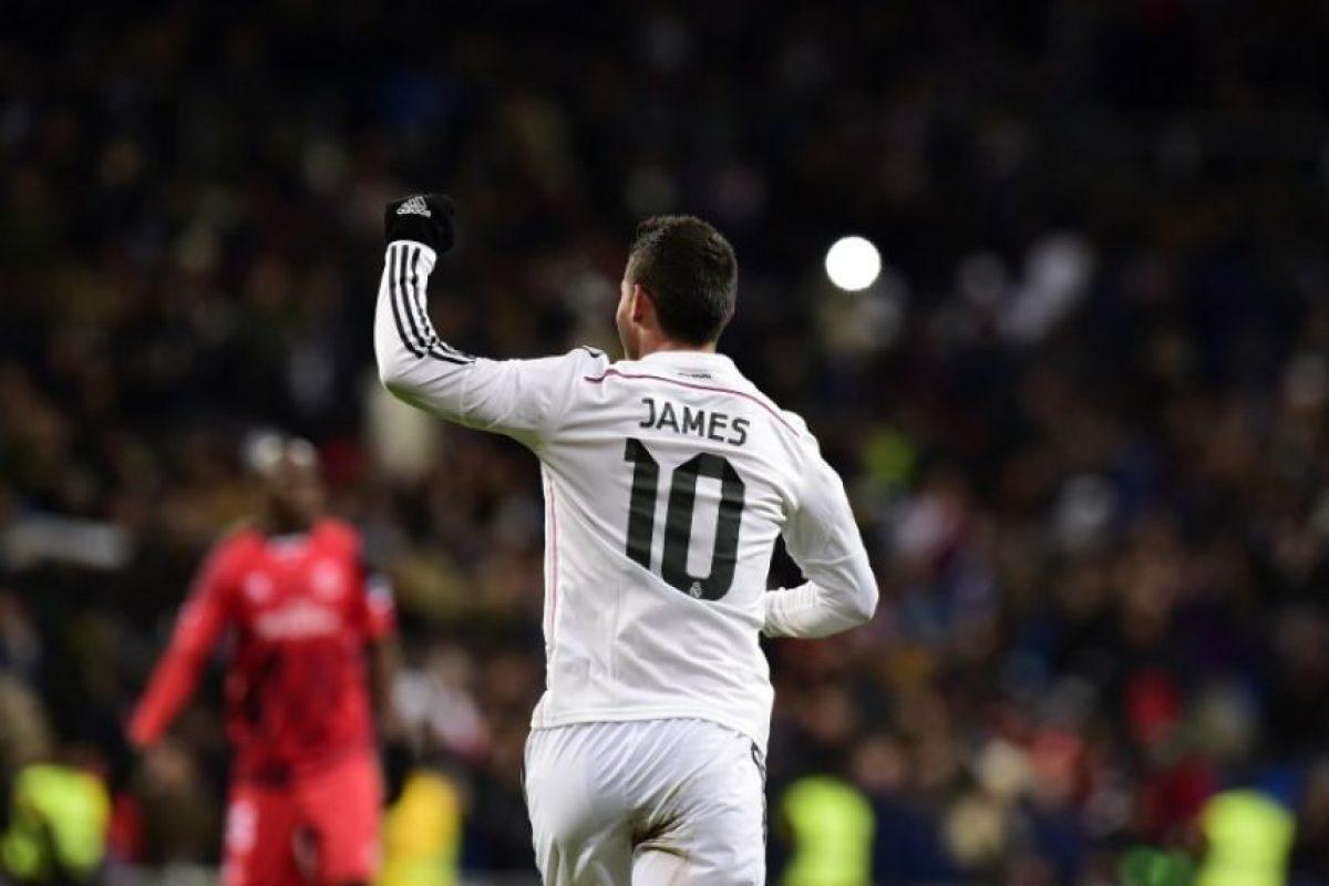 El colombiano marcó el primer gol del triunfo del Madrid contra el Sevilla pero luego salió lesionado. Foto:AFP