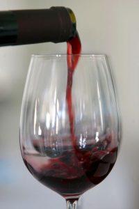 4. Vino. Investigadores de la Universidad de Florencia (Italia) reclutaron a 800 mujeres de 18 a 50 años de edad para estudiar si el vino tinto tiene algún efecto sobre la libido femenina. Foto:Getty Images