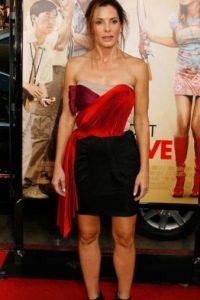 Y Sandra Bullock con esta cosa por una mala elección de vestido. Foto:Getty Images