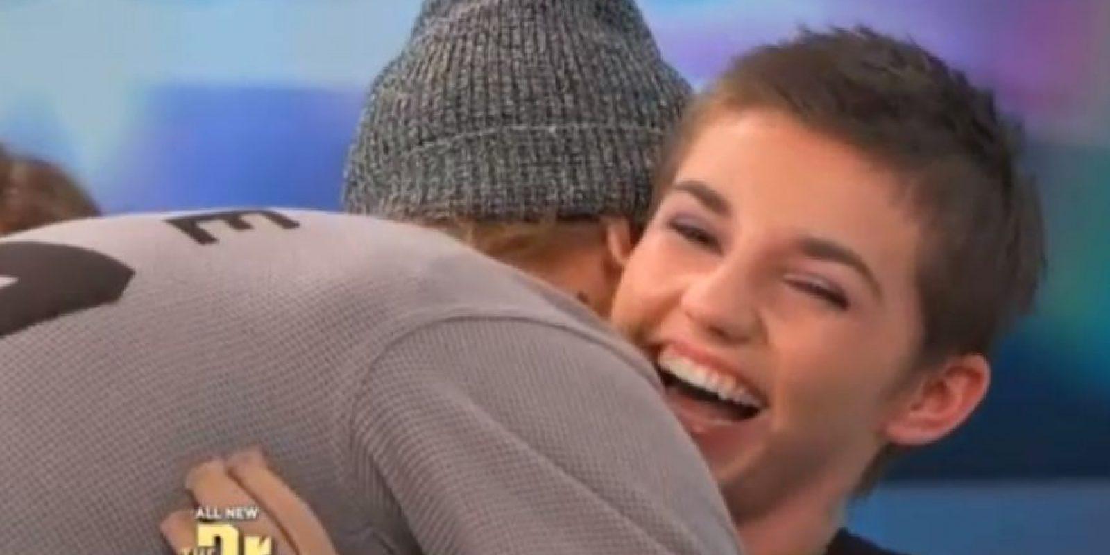 Justin se sintió conmovido con la historia de su fan. Foto:The Doctors/Youtube