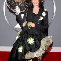 Imogen Heap, en 2007. Ella quiso copiar a Helena Bonham Carter, pero le salió peor. Parece salida de una película de serie B de Tim Burton. Foto:Getty Images