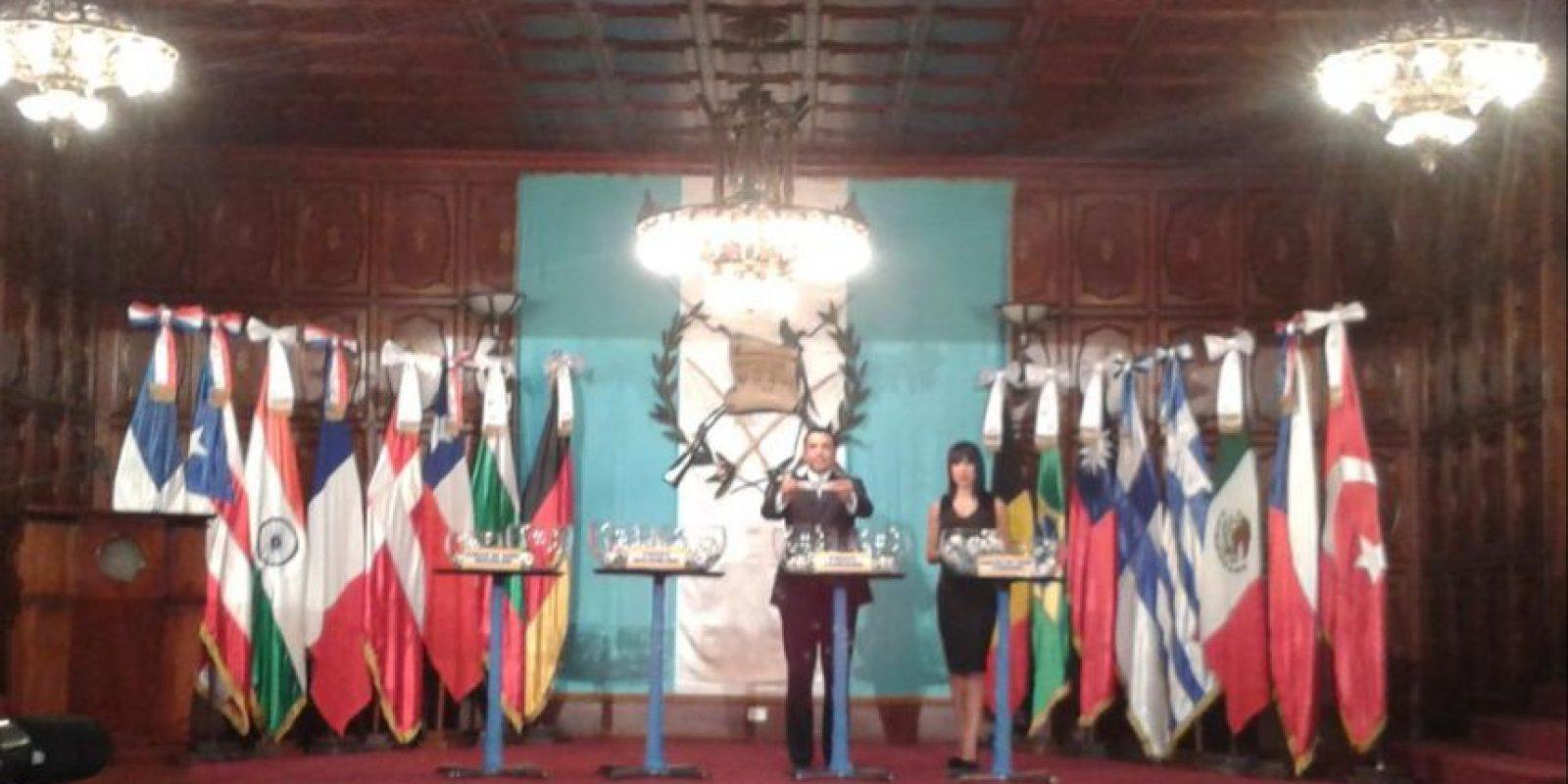 El sorteo se celebró este viernes en el Palacio Nacional de la Cultura. Foto:DIGEF