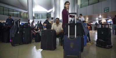 Aeropuerto La Aurora continúa cerrado