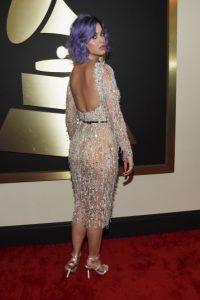 Katy Perry fue una de las que lució su espalda al aire Foto:Getty Images
