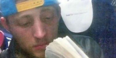 Este ladrón fue atrapado tras tomar este selfie con su smartphone- Foto:Twitter