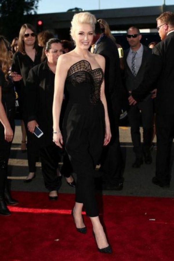 Gwen Stefani, la favorita de los fashionistas con su vestido Atelier Versace Foto:Twitter