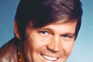 Mejor canción country: 'I'm Not Gonna Miss You' – Glen Campbell