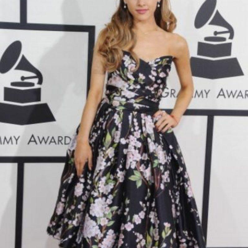 En sus últimos Grammy robó un vestido de su abuela. Foto:Getty Images