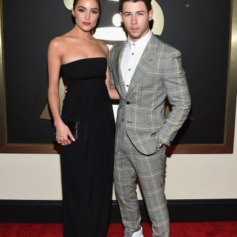 Nick Jonas y Olivia Culpo, sencillos y elegantes. Foto:Getty Images