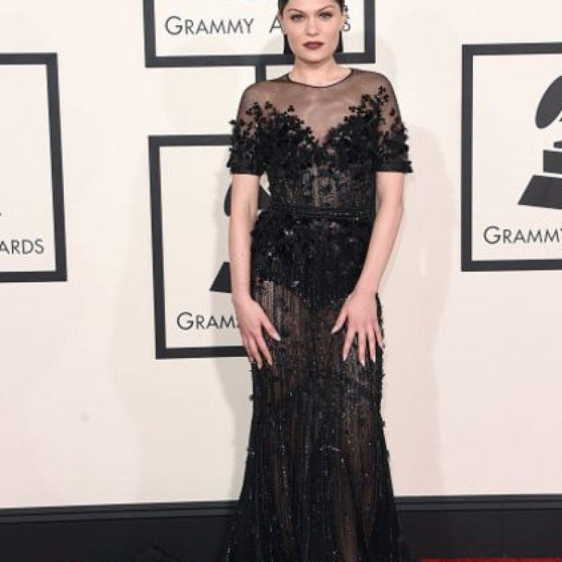 Jessie J, con un toque gótico, pero elegante. Foto:Getty Images