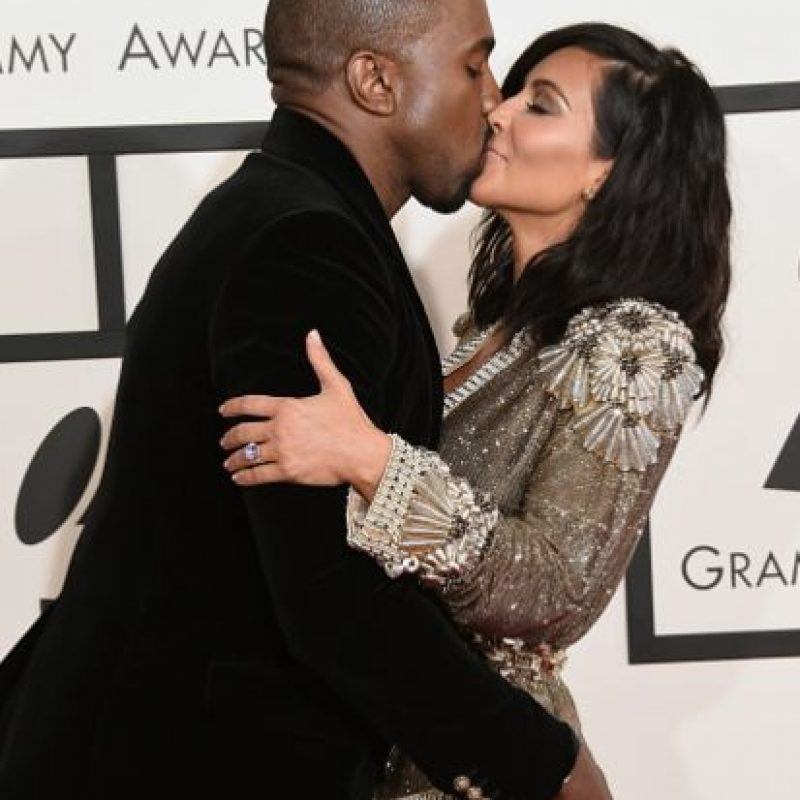 Kim Kardashian, en esta famosa foto con Kanye. Foto:Getty Images