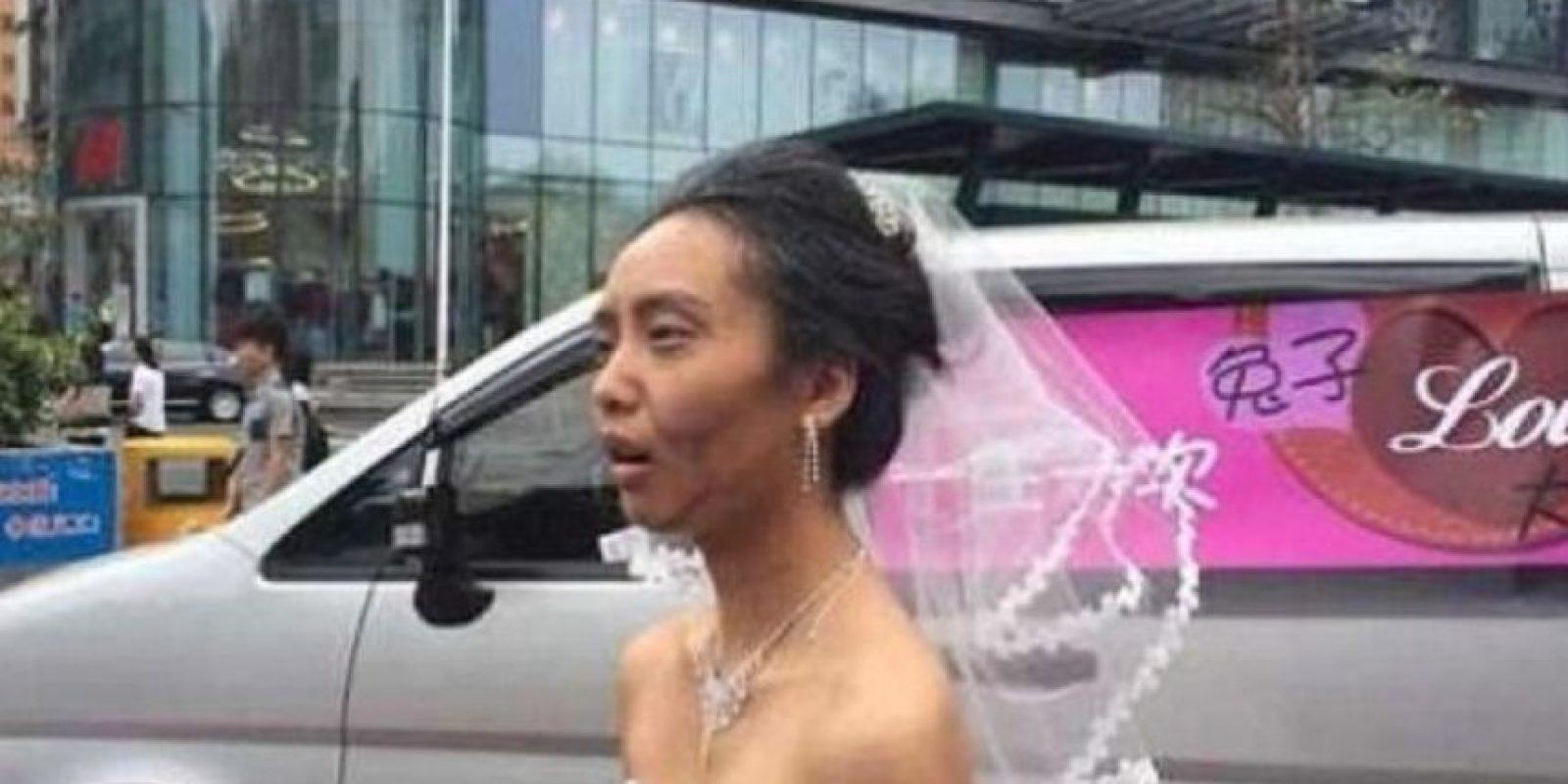 Pero su novio hizo otra cosa. Foto:Weibo