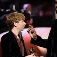 Beck le arruinó el final de la broma a Kanye West, que sin embargo iba muy en serio a la hora de decirle al mundo que Beyonce merecía ese premio. Foto:Getty Images