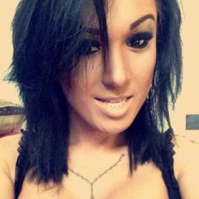 """""""Mis amigos me dijeron que no valía la pena el riesgo, pero yo estaba decidida a tener unos implantes y no les hice caso"""", comentó orgullosa. Foto:Vía Instagram: @mia_maffia"""
