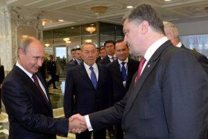 Putin y Poroshenko, reunidos en agosto pasado Foto:AFP