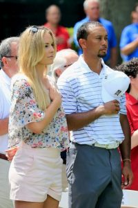 El golfista Tiger Woods es pareja de la esquiadora Lindsey Vonn Foto:Getty