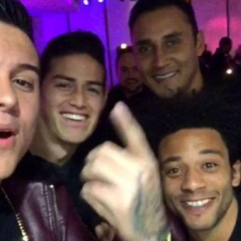 Se divirtió junto a Marcelo, Keylor Navas y otros amigos más. Foto:instagram.com/kevinroldankr