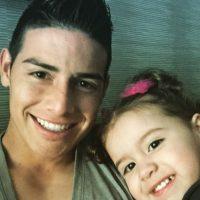 El selfie de padre e hija. Foto:instagram.com/salomerodriguezospi