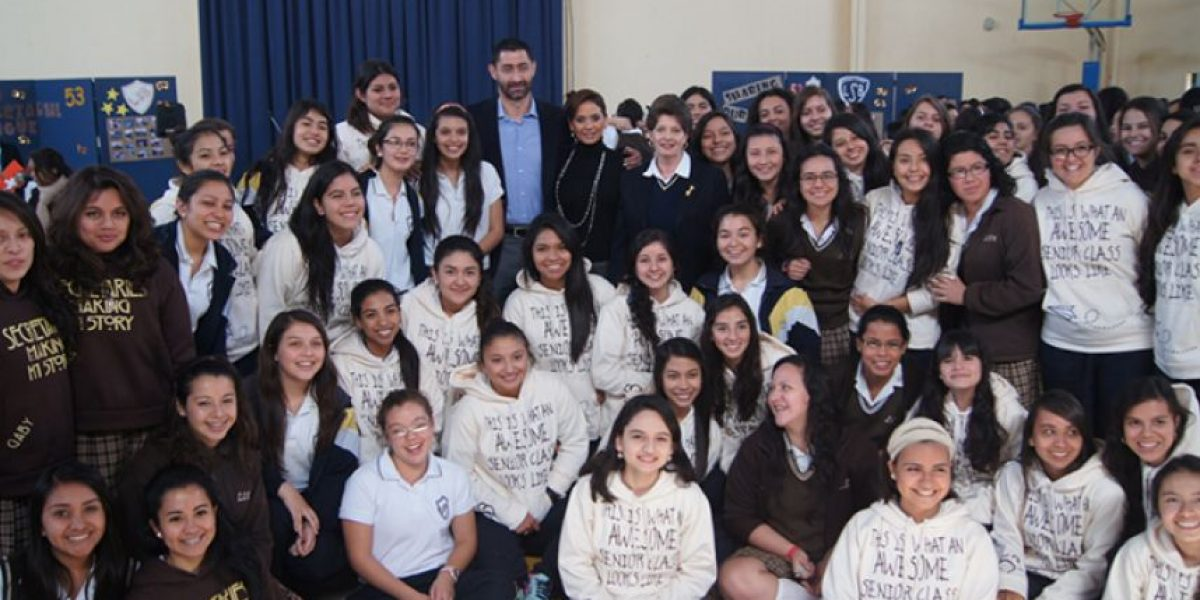 Colegio Secretarial Bilingüe celebra su 53 aniversario