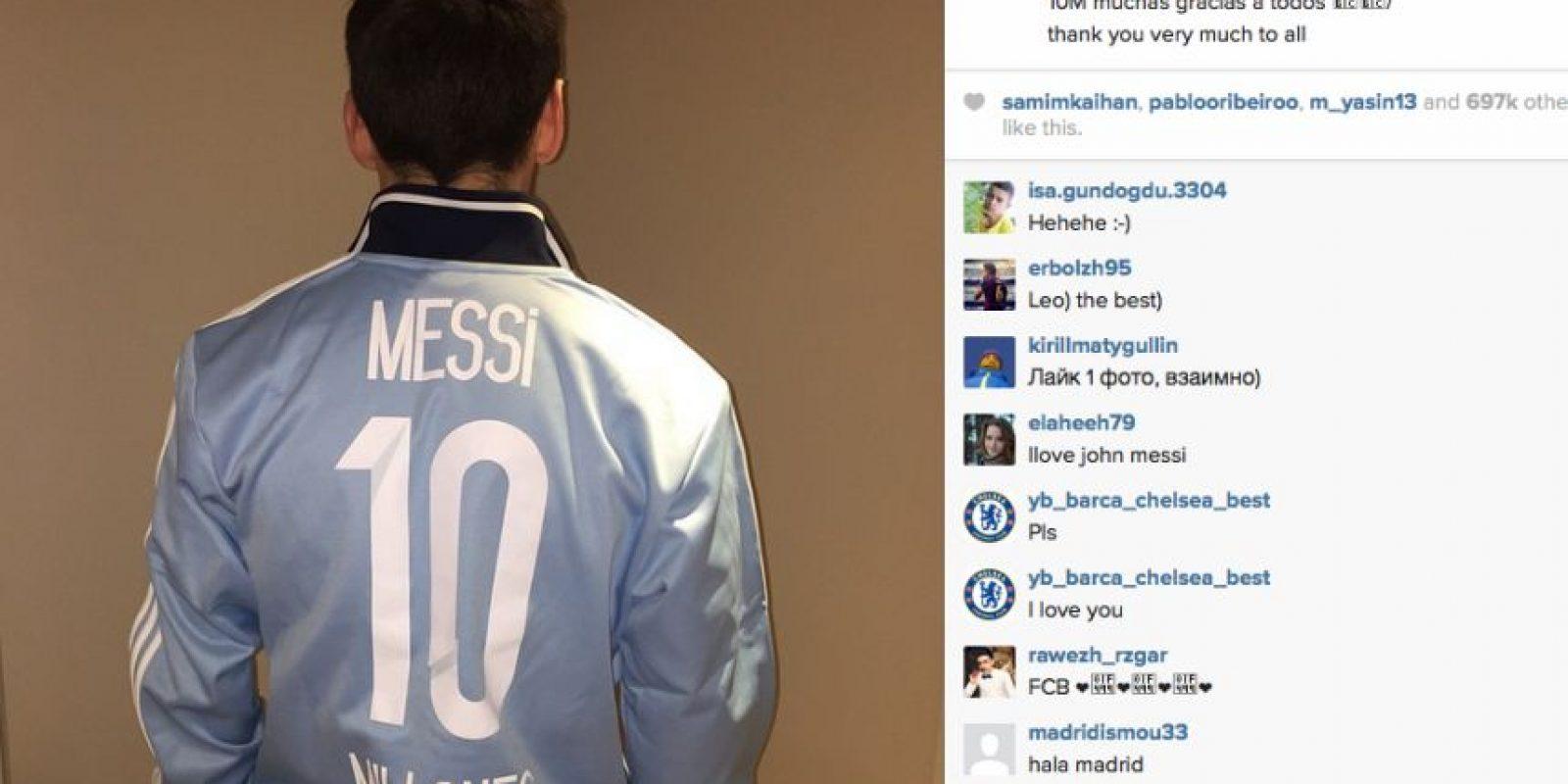 El argentino pasa por un gran momento en la cancha y saludó a sus seguidores. Foto:Publinews