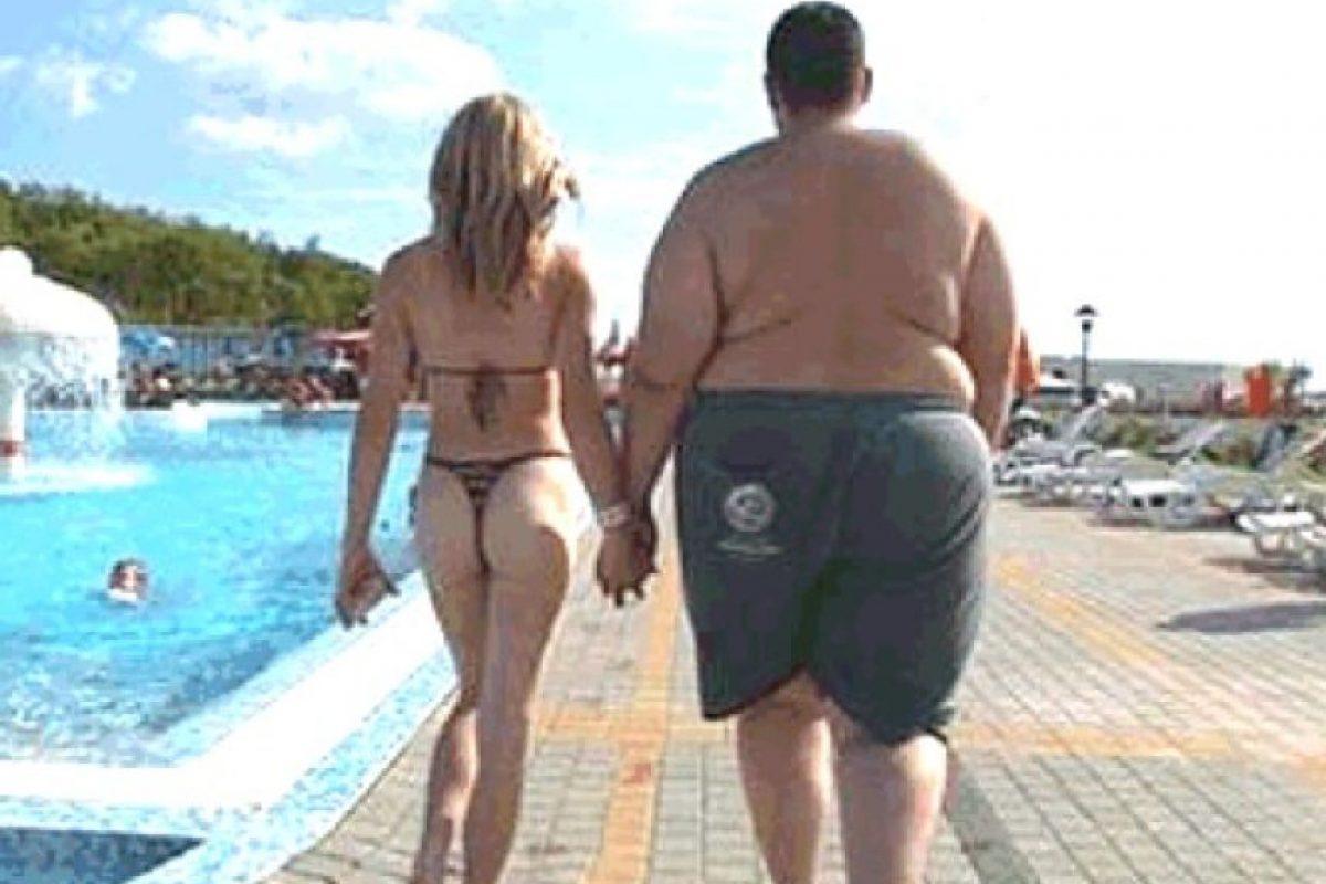 """""""Mis pacientes me dicen que perder un poco de peso y ponerse en forma los hace sentir de 10 a 20 años más jóvenes en términos de su calidad de vida sexual"""" Foto:Tumblr.com/Tagged-pareja-obeso"""