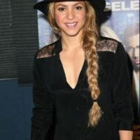 Los cambios de Shakira fueron ocasionados por una diferencia en el contorno de sus cejas, un cambio en el color del cabello y un (supuesto) cambio en la nariz Foto:Getty