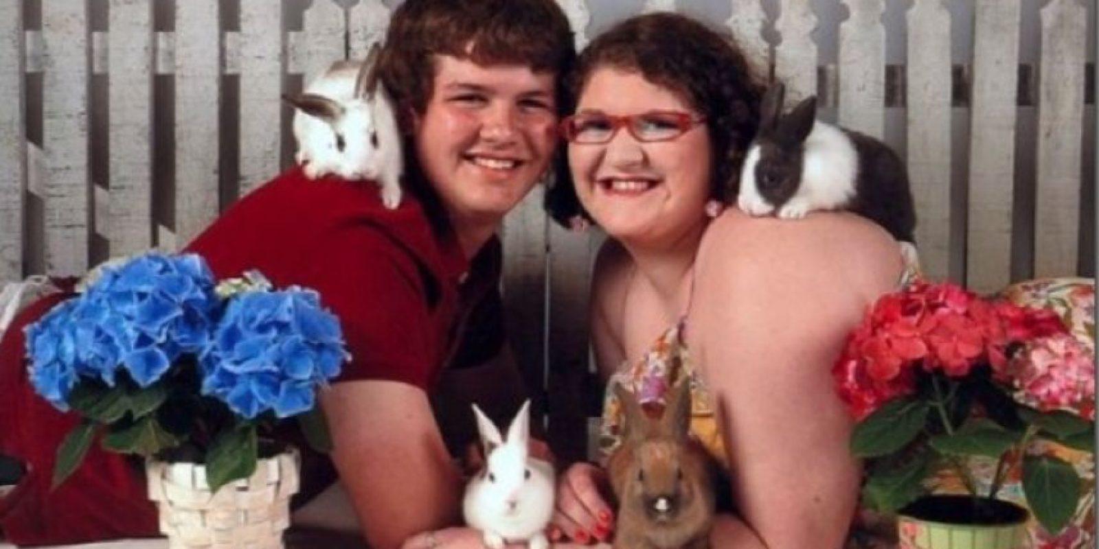 Amor en pareja hacia los animales Foto:Twtrland