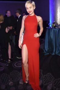 Miley Cyrus también ganó Foto:Getty Images