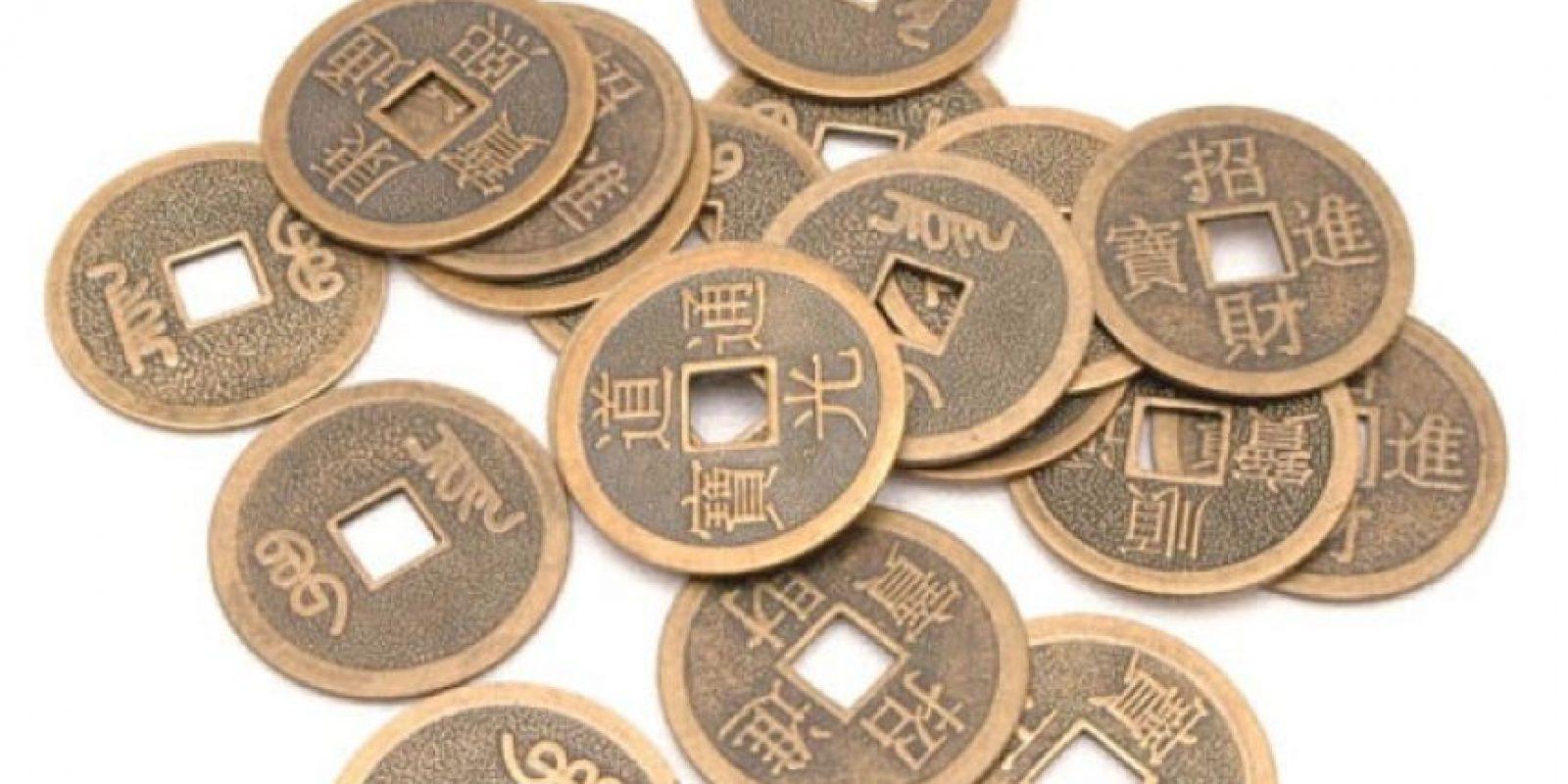 7. Amarra tres moneditas chinas a la entrada de tu casa para que reine el equilibro en ella. Foto:Wikimedia