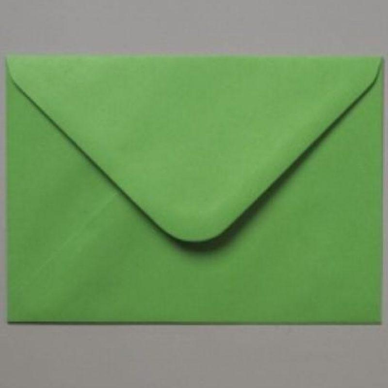 8. Coloca en un sobre verde el nombre de las personas que deseas que mantengan en buen estado su salud este año. Foto:Tumblr.com/tagged-sobre-verde