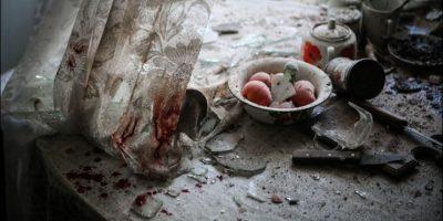 """Primer lugar, """"Noticias generales"""": En el momento captado por Sergei Ilnitsky, de Rusia, se ven los daños a una mesa de cocina en Donetsk, Ucrania. Foto:World Press Photo 2015"""