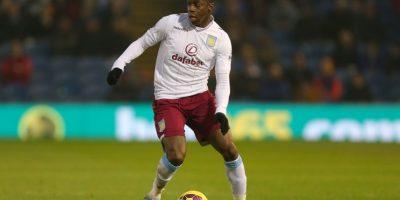 Él es lateral izquierdo del Aston Villa Foto:Getty Images