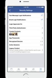 """La opción se habilita en """"Configuración"""", después en """"Seguridad"""" y en """"Legacy contact"""". Foto:Facebook"""