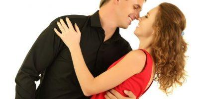 Infieles gastan más en la amante que en la esposa en San Valentín