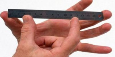 """""""La mayoría de cirujanos saben cómo alargar y anchar un pene, pero no todos saben cómo reducirlo"""". Foto:Tumblr.com/tamaño-miembro"""
